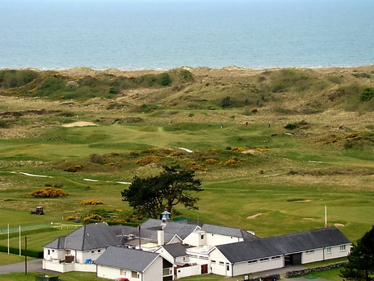 Unlike Walker Cup sites, Ryder Cup venues rarely display the host country's best golf. Imagine the 2010 Ryder Cup on a sparkling links like Royal St. David's!