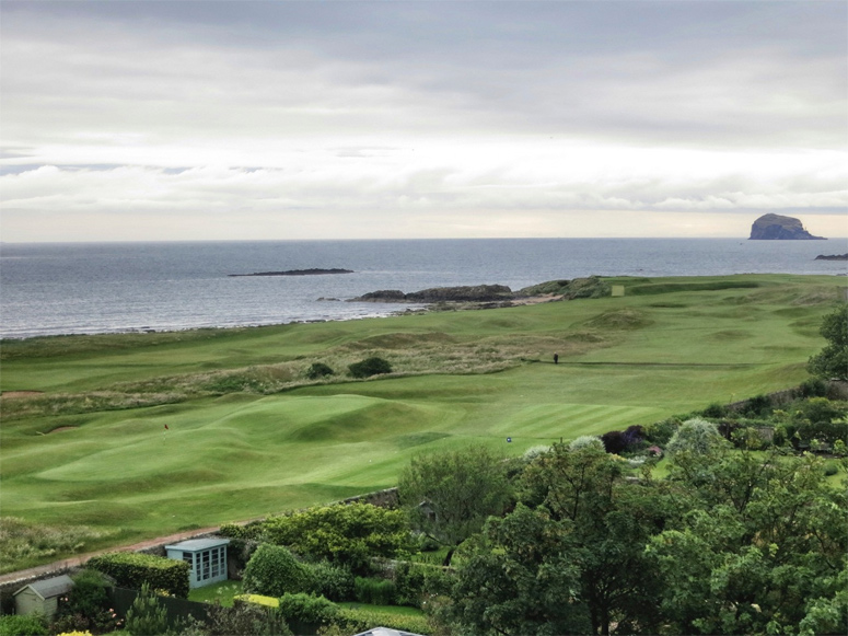Geoff Shackelford's photograph from the Macdonald Marine Hotel of the 16th green at North Berwick leaves no doubt as to why it is his favorite links.