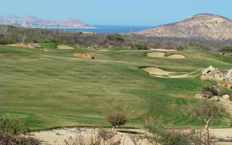 The eighth tee offers views unlike any found on The Ocean Course down below.