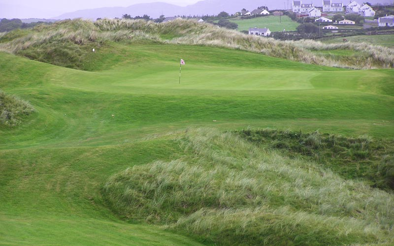 The eleventh at the Sandy Hills links at Rosapenna.