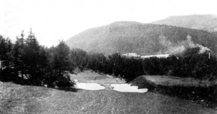 Crawford Notch, NH, circa late 1920s. Sadly, this Stiles' gem no longer exists.