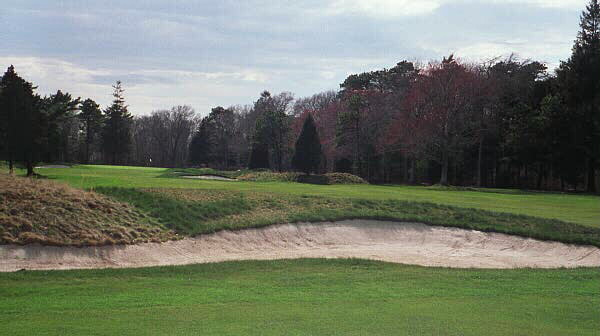 Most golfers shy to the right from this bunker, and from there the hole gets progressively tougher.