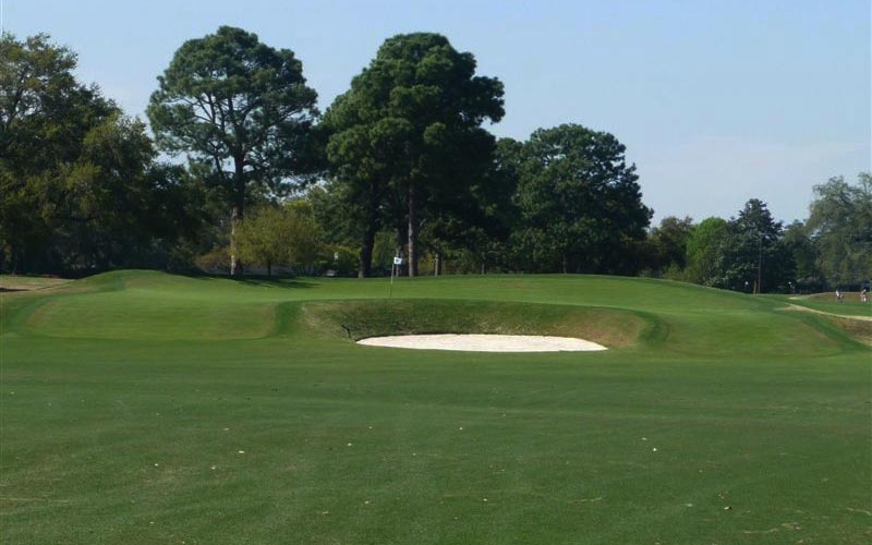 Thanks to the punchbowl effect of the green's high sides and back, many options are available to the golfer on how best to get near certain hole location. Thus, the hole remains endlessly fascinating to play on a regular basis. The golfer only wishes that Raynor built more such green complexes.