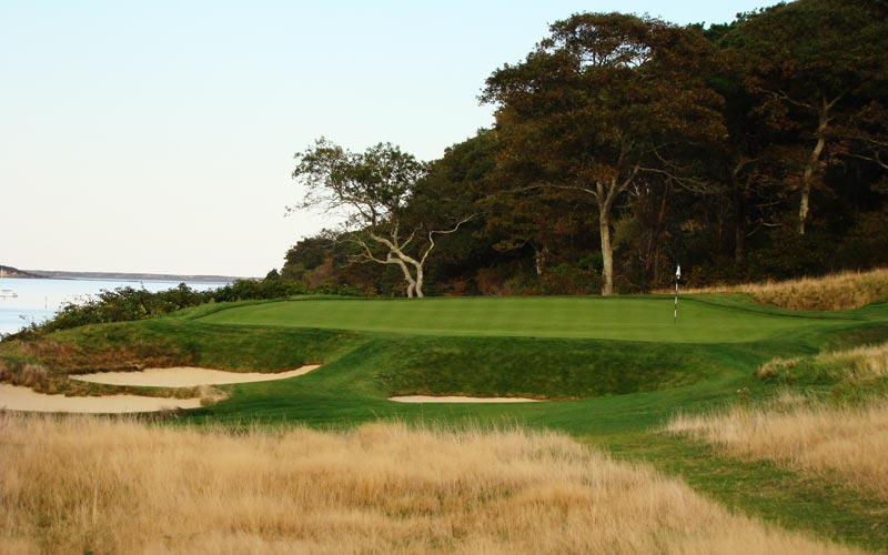 The fifteenth is the last of a superb quartet of one shot holes. Though the wind and deep bunkers create obvious challenges, so too does the green which is one of the best on the course.