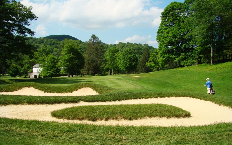 The golfer that doesn't find the twelfth fairway needs to be wary of Flynn's cross bunkers ninety yards shy of twelfth green.