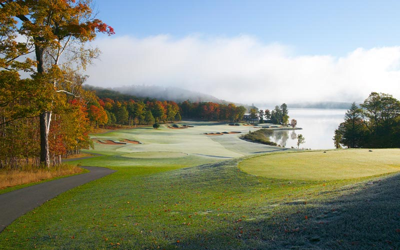 The finishing hole at Bigwin Island, whose charm begins with a boat ride to the course, docking near the eighteenth green.