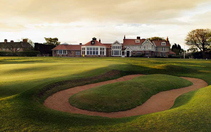 The unique greenside hazard at Muirfield's last, with one of golf's great clubhouses in the background.