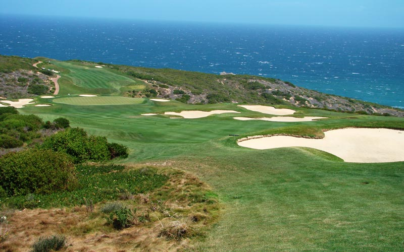 The par five fifth at Pinnacle Point provides multiple routes which allows all golfers to enjoy the hole.