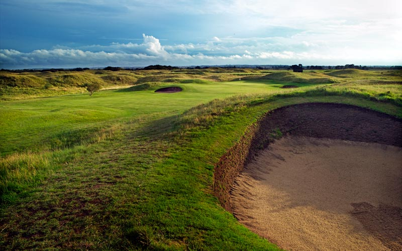 The distinctive bunkering at Sandwich, seen here at the eighth hole.