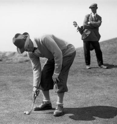 Joshua Crane and his toothpick putter, 1929.