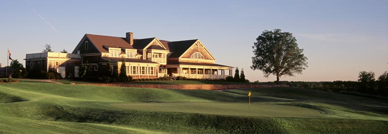 Clubhouse and 18th green at Cateechee Golf Club, Hartwell,  GA