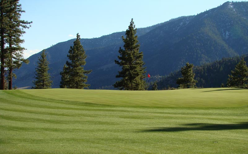 The select clearing of trees to open up views behind greens at Clear Creek was an art form. More so than on most holes, trees were felled to open up these stunning views of the Carson Range of the Sierras to the right and ten plus miles of views in the distance.