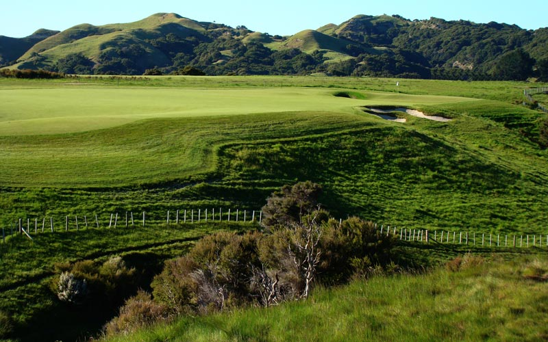 As seen from the tee, there are acres and acres of fairway to which to play.