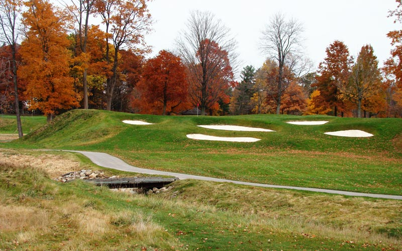 Be it the eleventh at Shinnecock Hills or the XXXXXXX, Flynn had an innate talent for building uphill par threes that were still attractive to the eye.