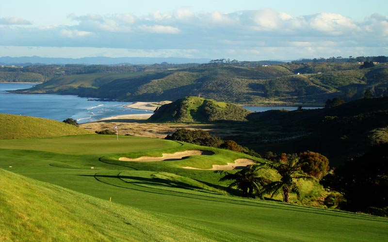 Kauri Cliffs golf course Julian Robertson, golf in New  Zealand, David Harman
