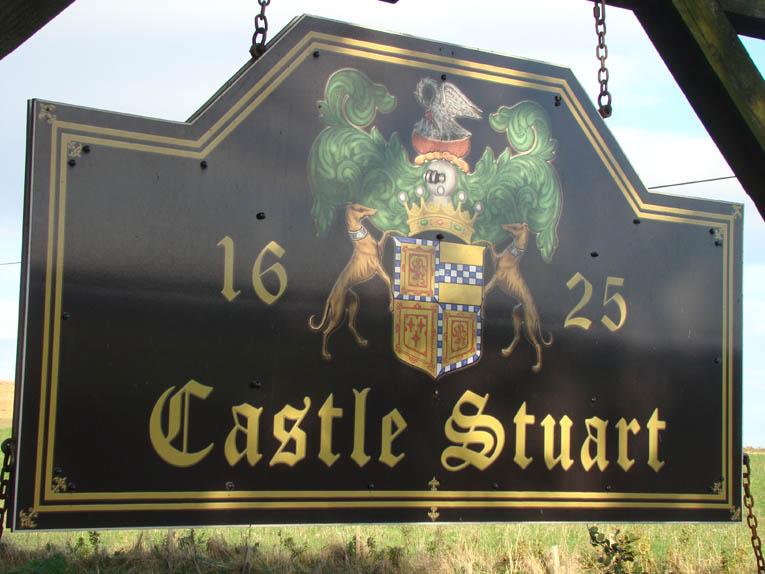 CastleStuartsign