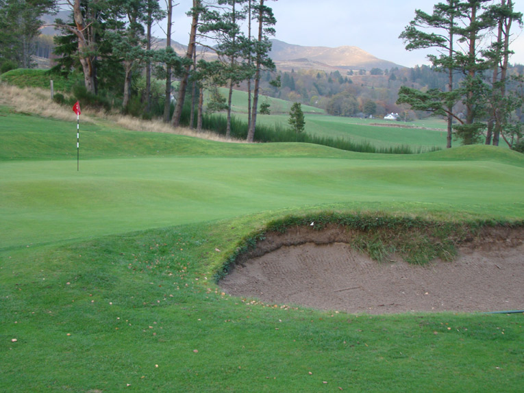 Greens like the second and seventeenth (above) feature interior contours that have befuddled the best, including Walter Hagen and Max Faulkner.