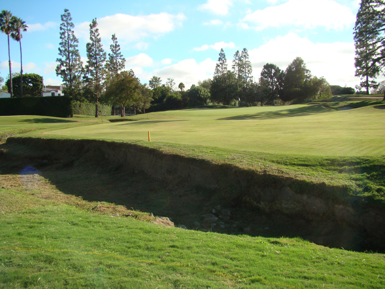 The barranca  plays 'big' as the land frequently slopes toward it, like here at the fifth.