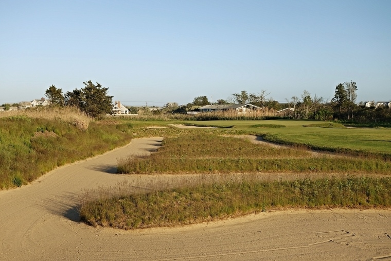 Any shot from the Church Pews, which extend more than 50 yards, is of the awkward, long-bunker-shot variety.