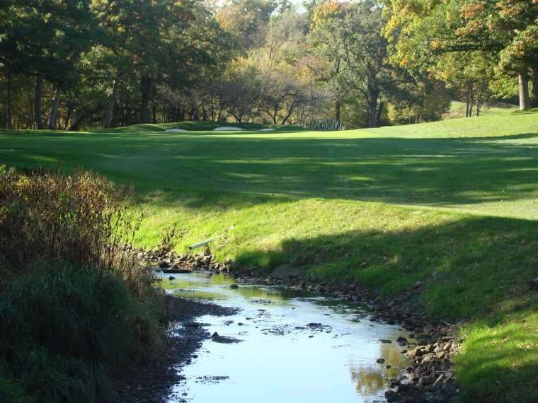 The golfer hasn't seen Butterfield Creek since the easy drive across it on the seventh tee and he delights in its return. Indeed, the meandering creek plays a role in four of the last seven holes.