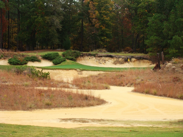 The sixth hole as seen from the left tee.