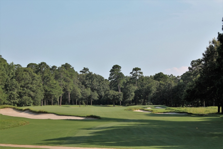 The artful bunkering makes the fourth a standout hole.