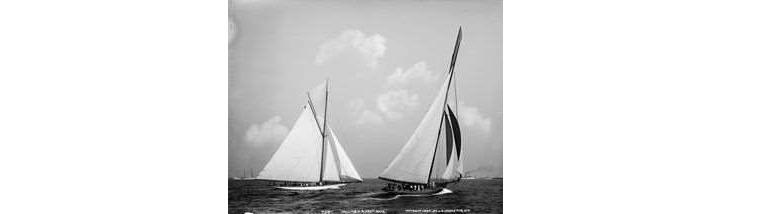 Columbia at Left vs. Shamrock 1899.